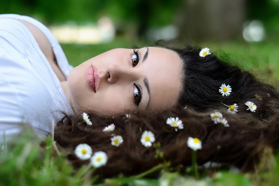 Model, photo retoucher: Sanja Balan Photographer: Tomislav Kralj. . studio: Photos287. https://ww...