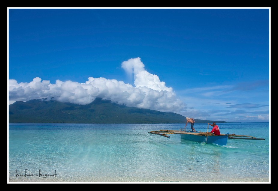 paddle to the blue  Mantigue Island, Camiguin, Philippines