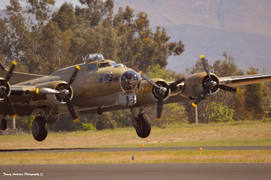 Boeing B-17G Flying Fortress, Collings Foundation, Apr 14 French Valley, CA (9)