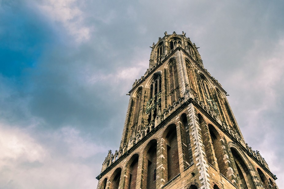 This is the Dom tower in Utrecht, it\'s the biggest church tower of the Netherlands