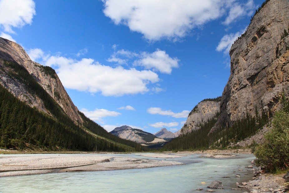 Went for a quick road trip to British Columbia, stopping in Banff National Park.