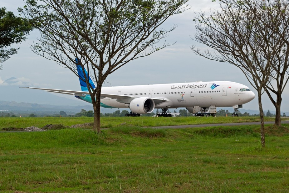 Garuda Indonesia B777-300ER PK-GIH