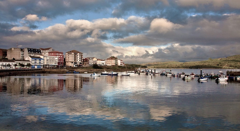 This is the small fishing town, Caramiñas on the Galician coast .....just before the sun went down.