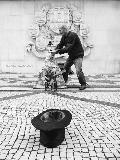 Artist in Portugal