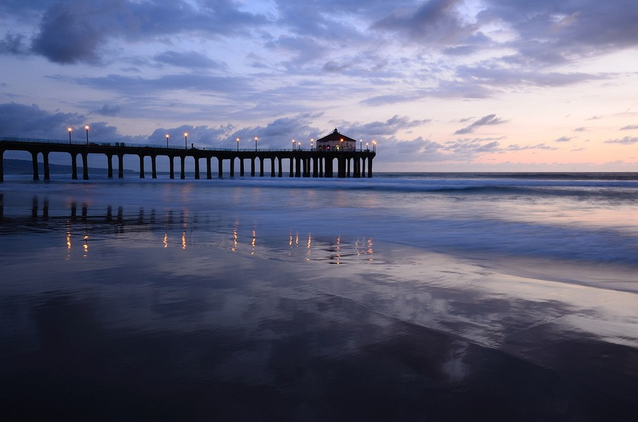 Manhattan Beach Pier. Los Angeles beaches are mostly bald and featureless. There are no rocks, no...