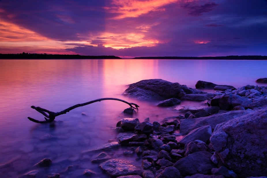 This is a lake near my home that I have often neglected to photograph. One evening I decided to t...