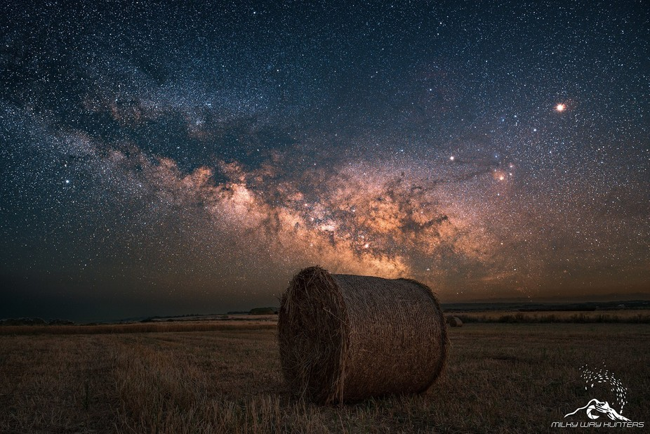 """"""" Summer: at night the sky is approaching the earth and feel the grass tickle the stars ..."""