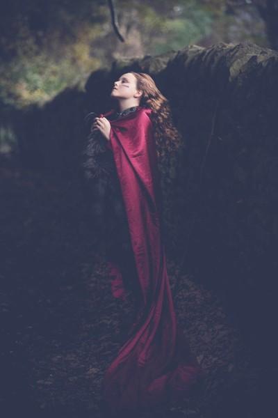 Lena- Game of Thrones/Pre Raphaelite