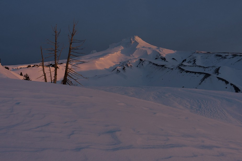 First Light on Mt Hood