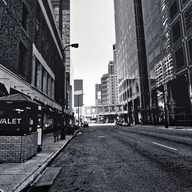 The B&W streets of the city