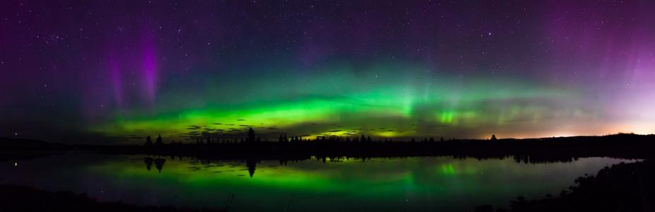 Panoramic of Aurora in Alberta