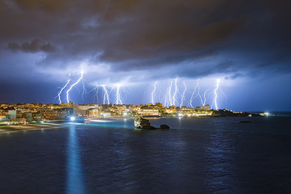 This incredible lightning barrage is a 4 exposures blending, shot on 2 sept 2015, in less than 3 ...