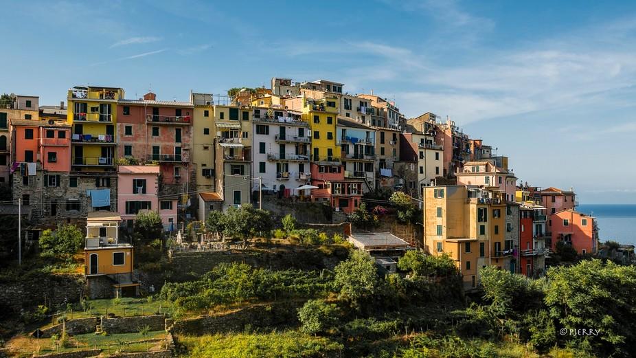 In Cinque Terre a national parc in Liguria, Italy, close to La Spezia are 5 places/Lands (Terre) ...