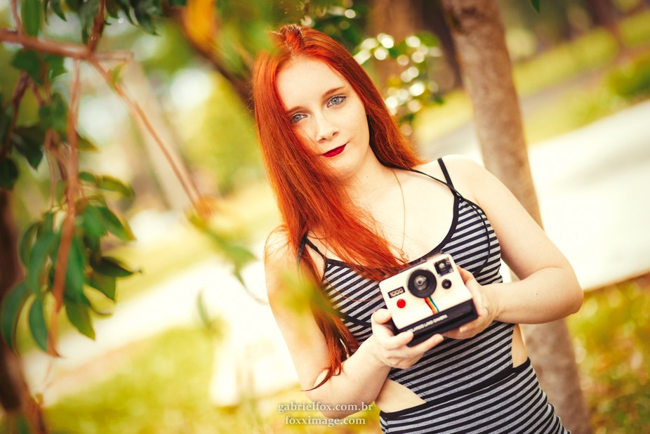 Polaroid Land Camera - Pose