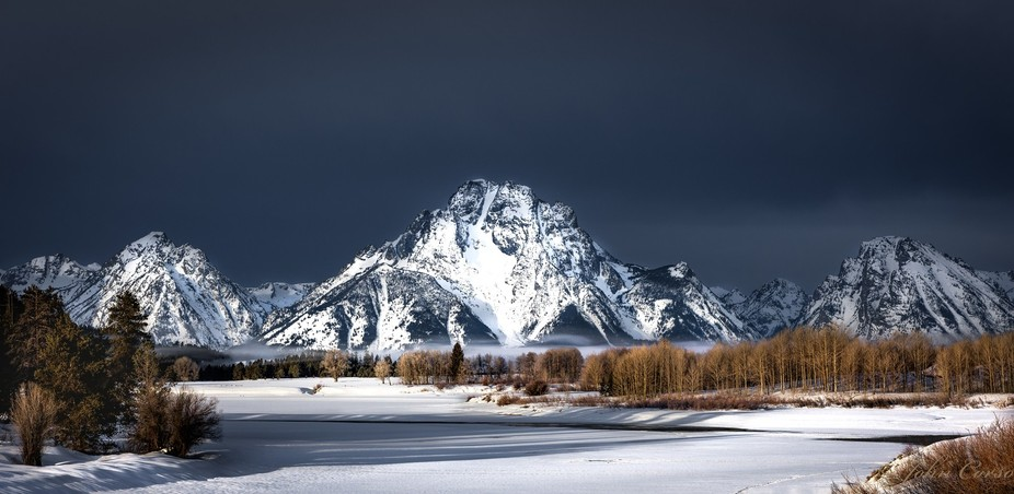 Mount Moran and the Snake River at Sunrise at Oxbow bend