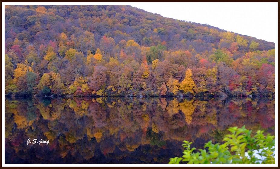 Autumn Mountain Lake