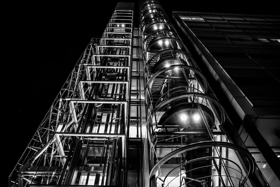 Stunning building by Tower Bridge