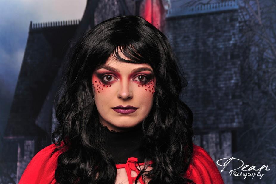 Dark Red Rideing Hood_00092